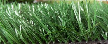 Изображение искусственного травяного покрытия для футбола и мини-футбола в зеленом и оливковом цвете с ворсом 55 мм